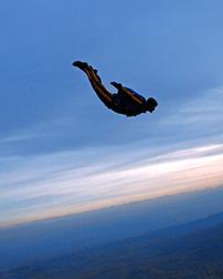Kto może wykonywać samodzielne skoki?